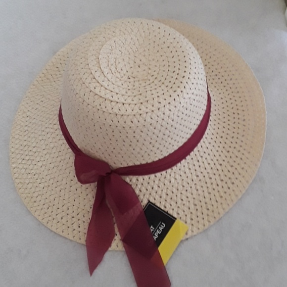 ad13fc7c Floppy Foldable Ladies Beige Straw Hat OS NWT Boutique